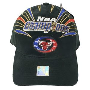98' Chicago Bulls 6 Time NBA Champions Starter Hat